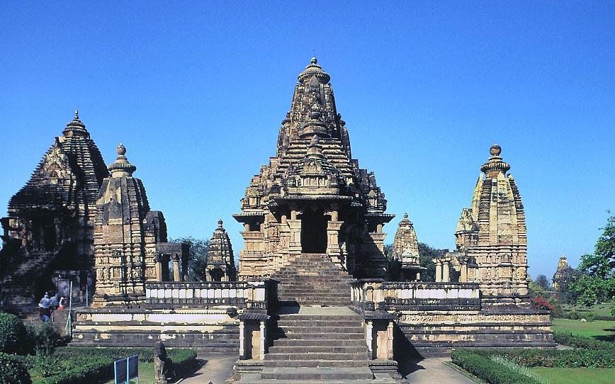 カジュラーホの ヒンドゥ寺院群